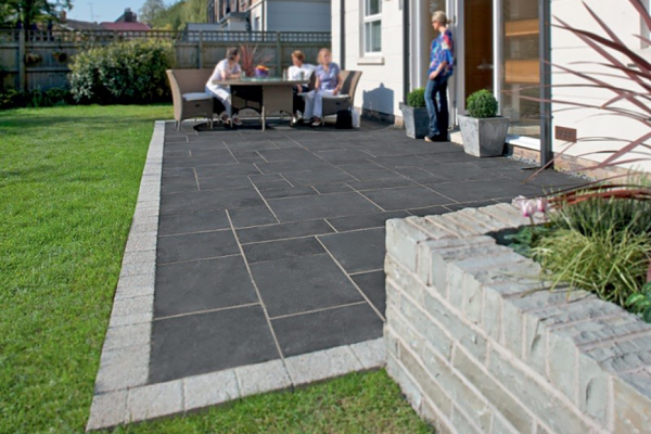 Marshalls-Fairstone-Limestone-Aluri-Garden-Paving
