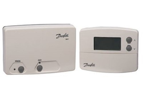 Danfoss Programmable Room Thermostat with RX1 Receiver [TP5000RF]