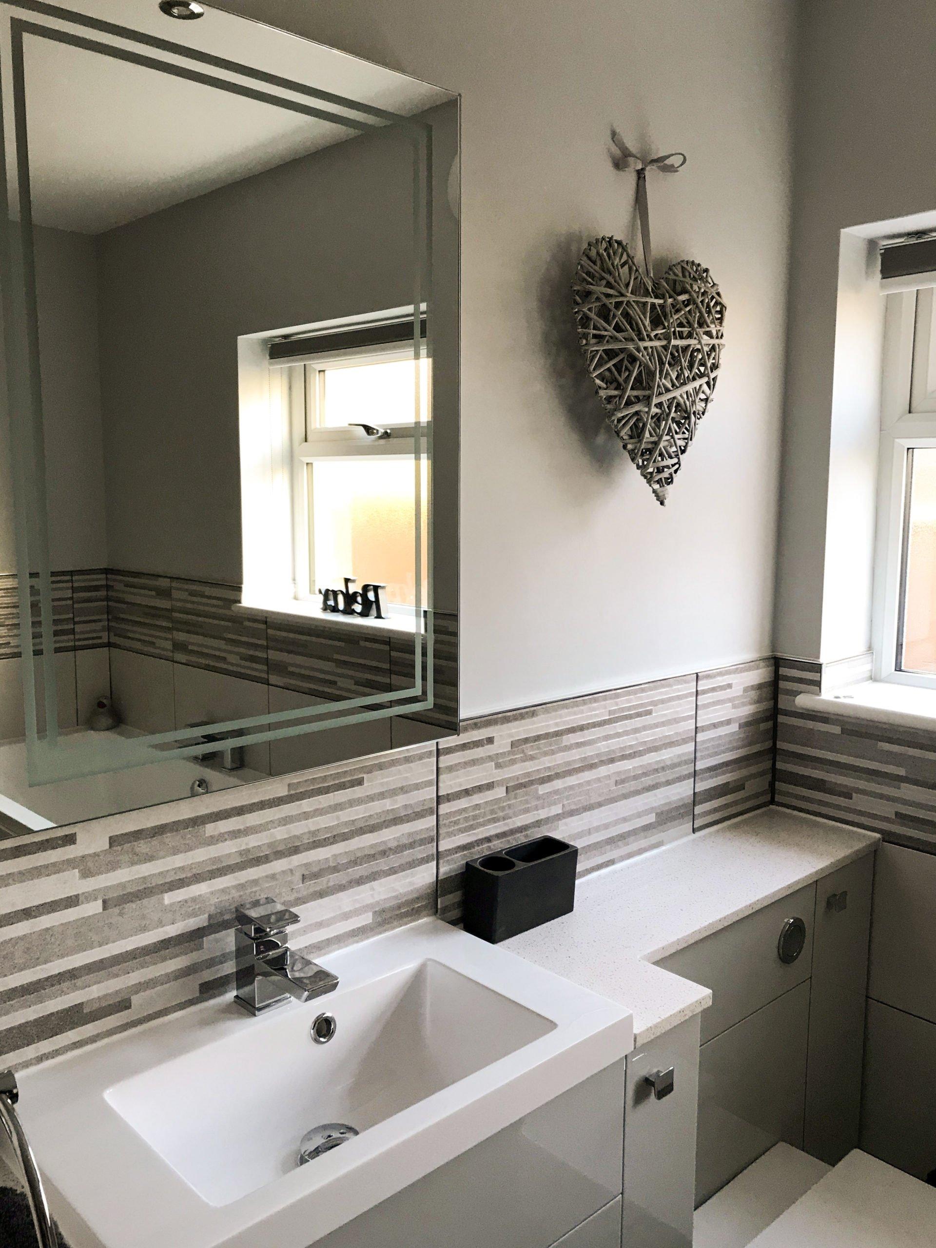 Infinita Glimmer mirror and Bristan basin taps