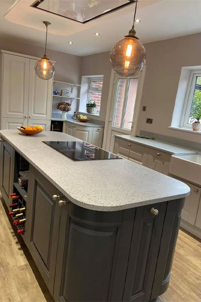 Kitchen island painted in Anthracite