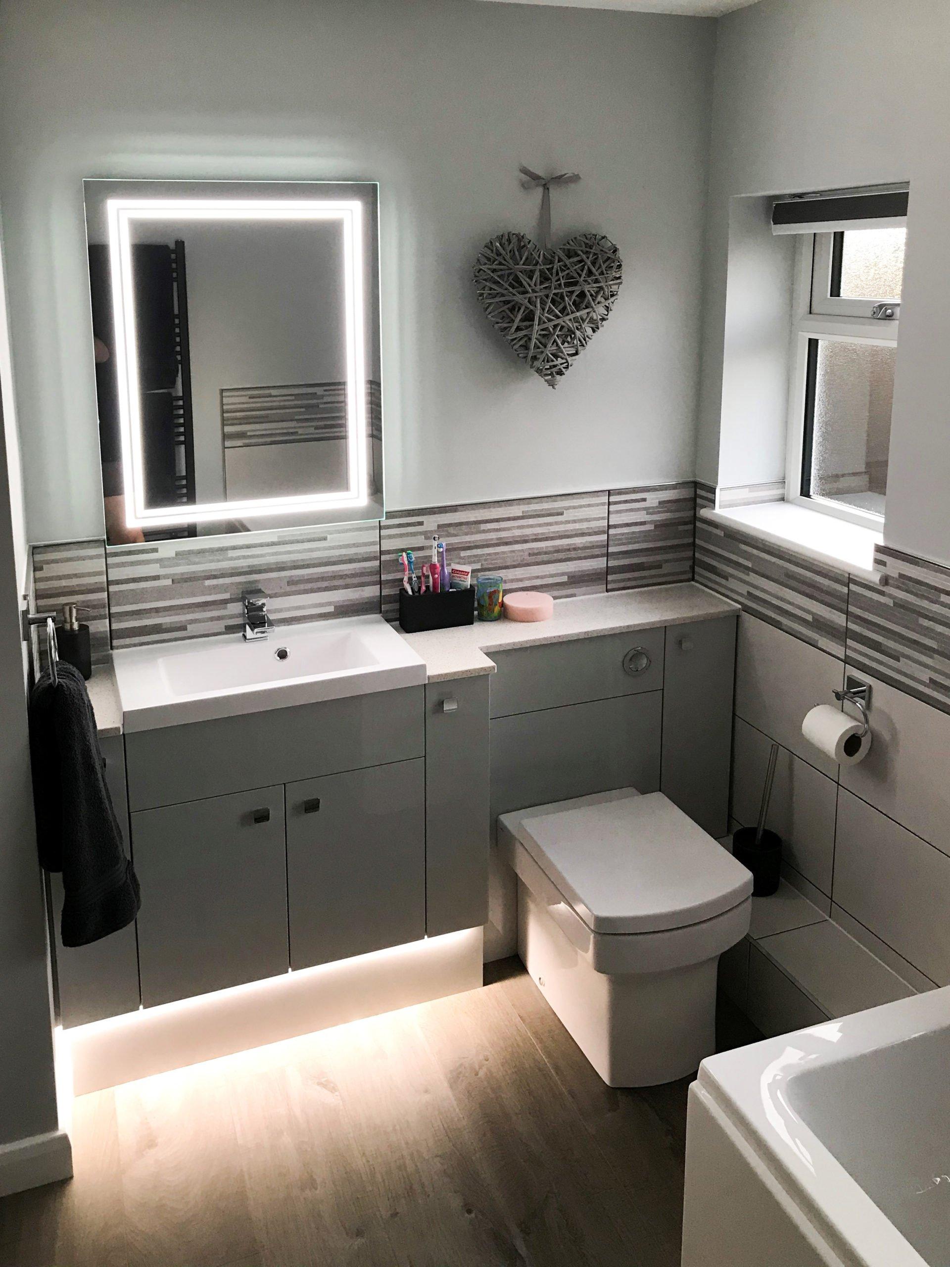 Updated modern looking Bathroom