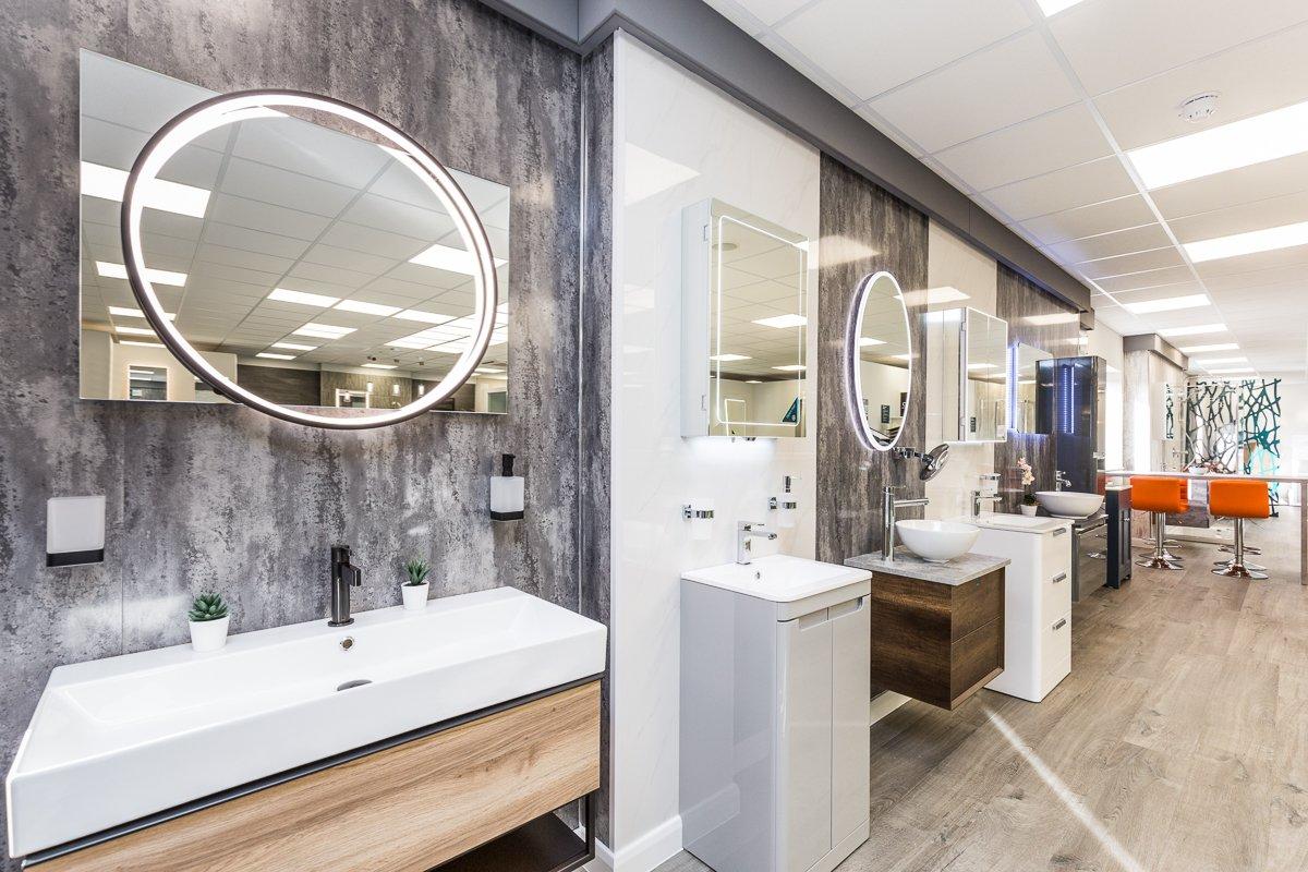 Turnbull Bathroom showroom - spacious bathroom displays in Lincoln