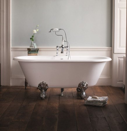 The epitome of elegance - a claw foot freestanding bath