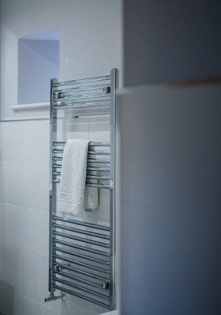 Just essential - a large vertical towel rail